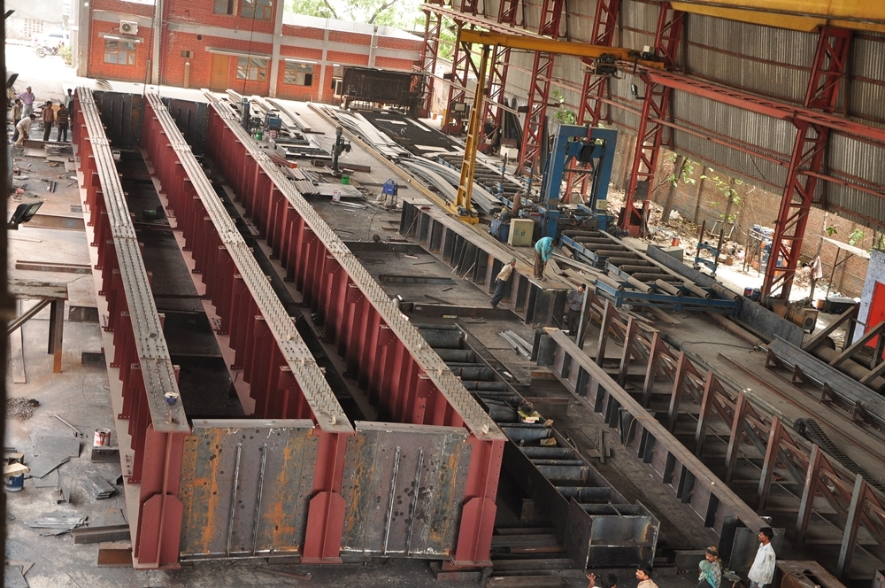 steel girder, steel girders, steel beams, steel beam, steel i beam, steel i beams, steel beam , steel plate girder, construction, h steel beam, steel beam sizes, steel beam design, steel structures, steel beam types