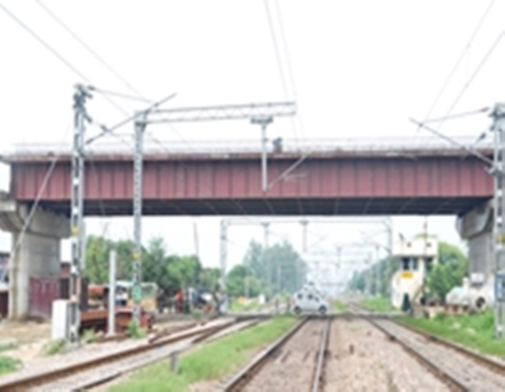 bridge engineering, road over bridge construction, rail over bridge construction, steel bridge in india, girder bridge construction, road over rail bridge, steel road bridge, steel bridge structure